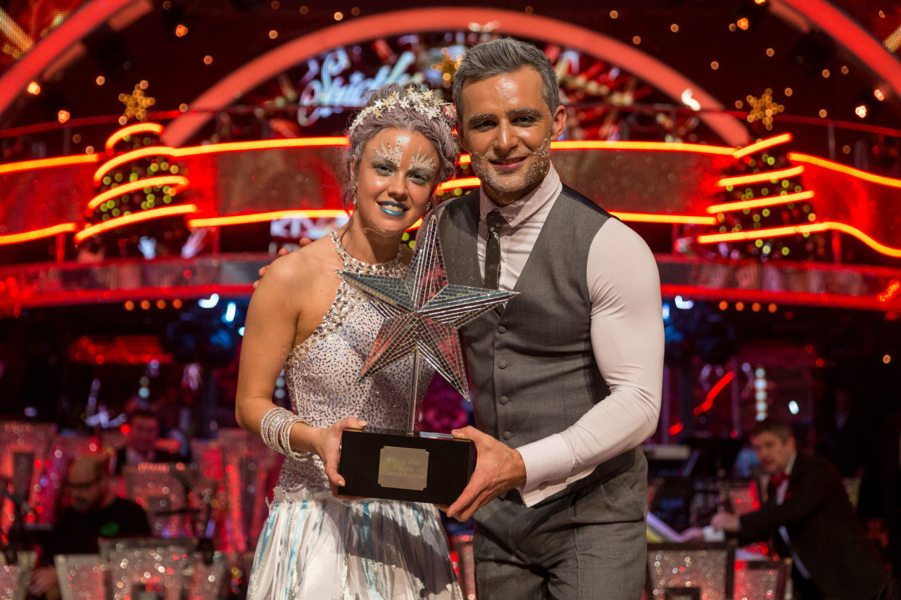 gallery-1451072867-harry-judd-wins-strictly-come-dancing-christmas-special-2015