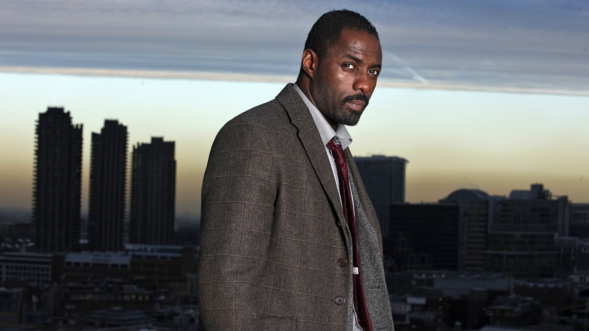 luther-5159290f77c24-idris-elba-gives-luther-fans-a-sneak-peek-of-the-brand-new-special-episode-jpeg-294293