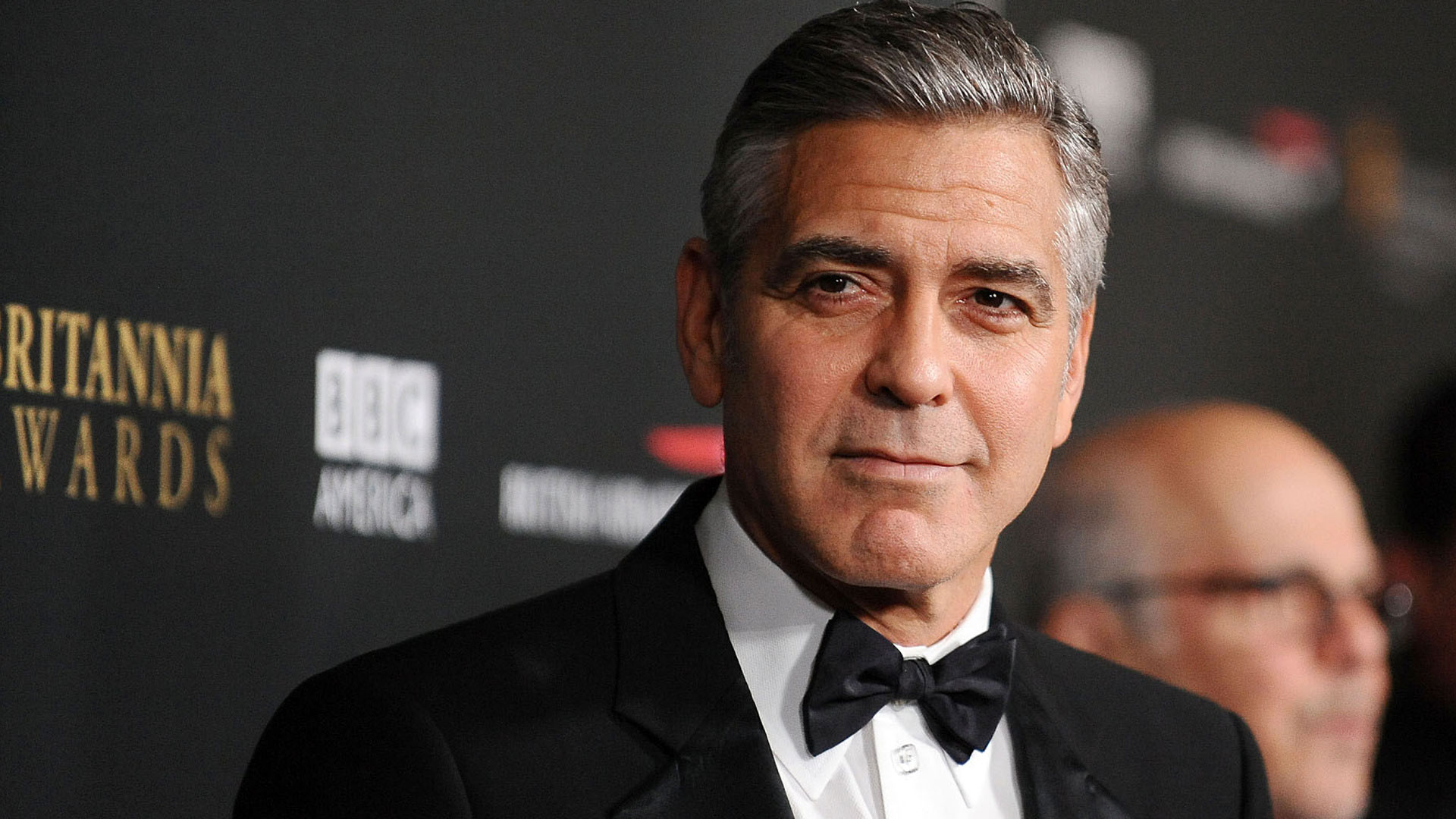 george-clooney-at-the-britannia-awards-2013-wallpaper-4622