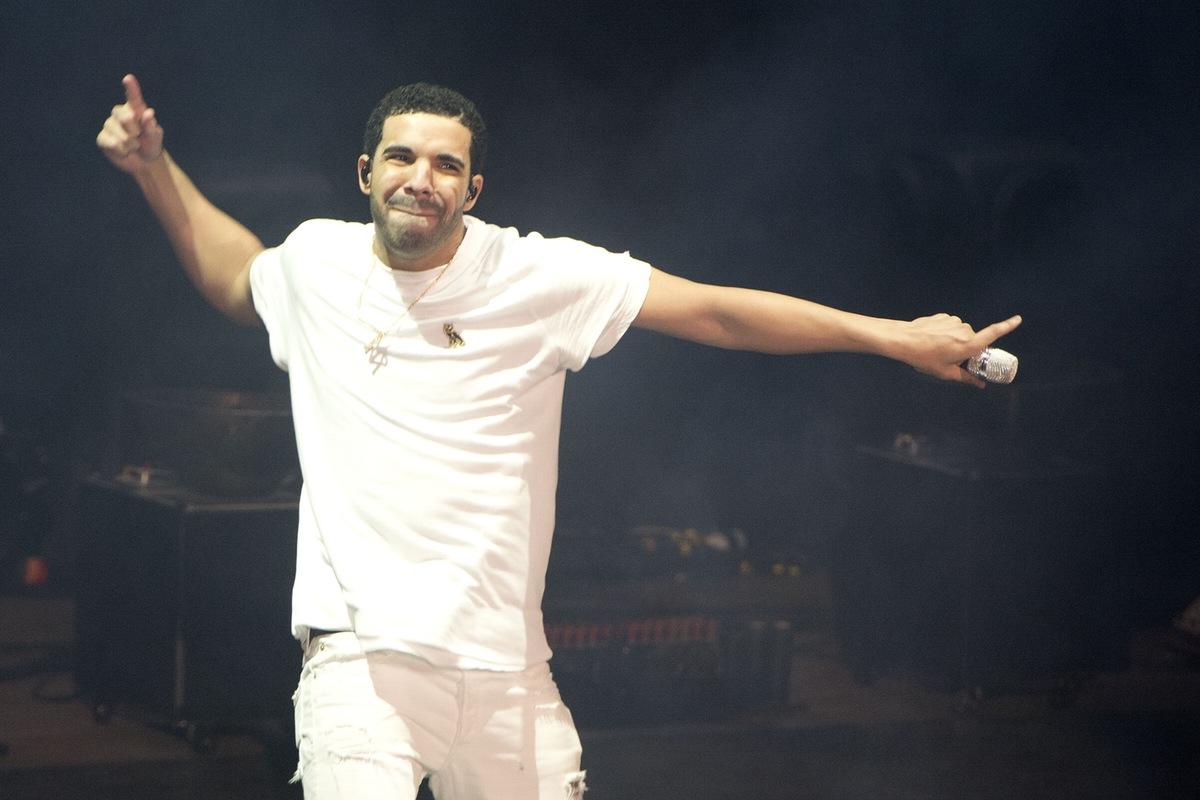 Drake 10.02.2016ANDREW