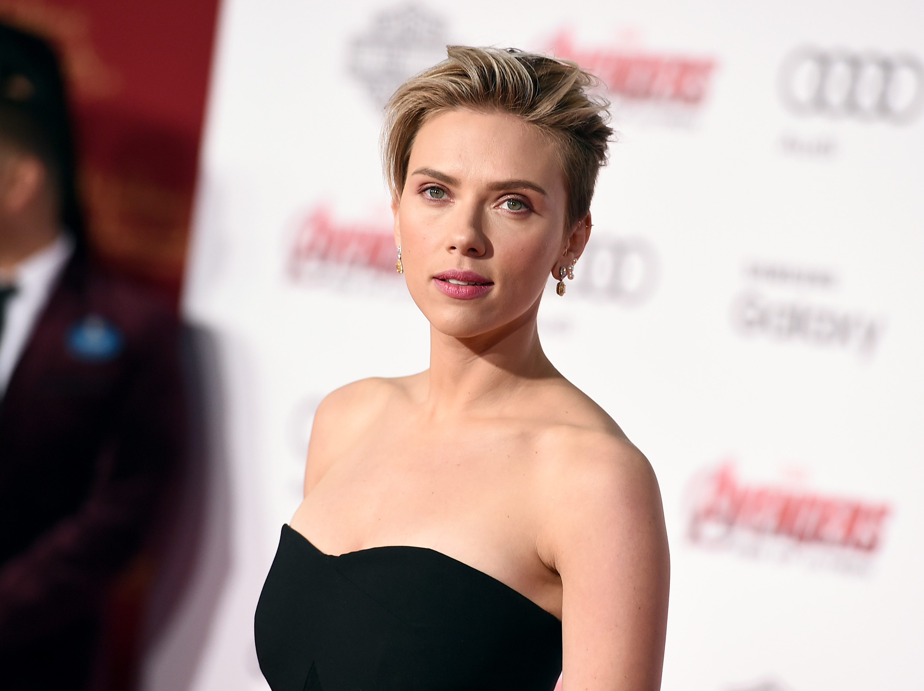 "FILE - In this April 13, 2015, file photo, Scarlett Johansson arrives at the Los Angeles premiere of ""Avengers: Age Of Ultron."" Johansson is one of many actors lending their voices to audiobooks. She narrated Lewis Carroll's playful ""Alice in Wonderland"" for Audible. (Photo by Jordan Strauss/Invision/AP, File)"